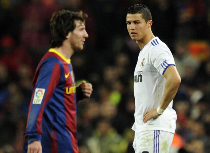 Messi e Cristiano Ronaldo durante una partita